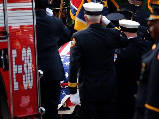 firefighter_funeral11.jpg