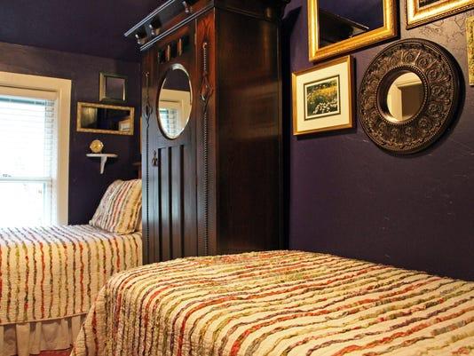636305265880872048-sisters-room.jpg