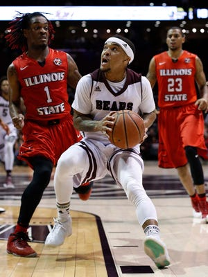 Missouri State's Dequon Miller looks to score against Illinois State at JQH Arena in Springfield on Feb. 15, 2017.