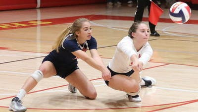 Makenna Berry (right) and Ella Mortensen have helped Brookfield East claim the state's No. 1 Division 1 ranking.