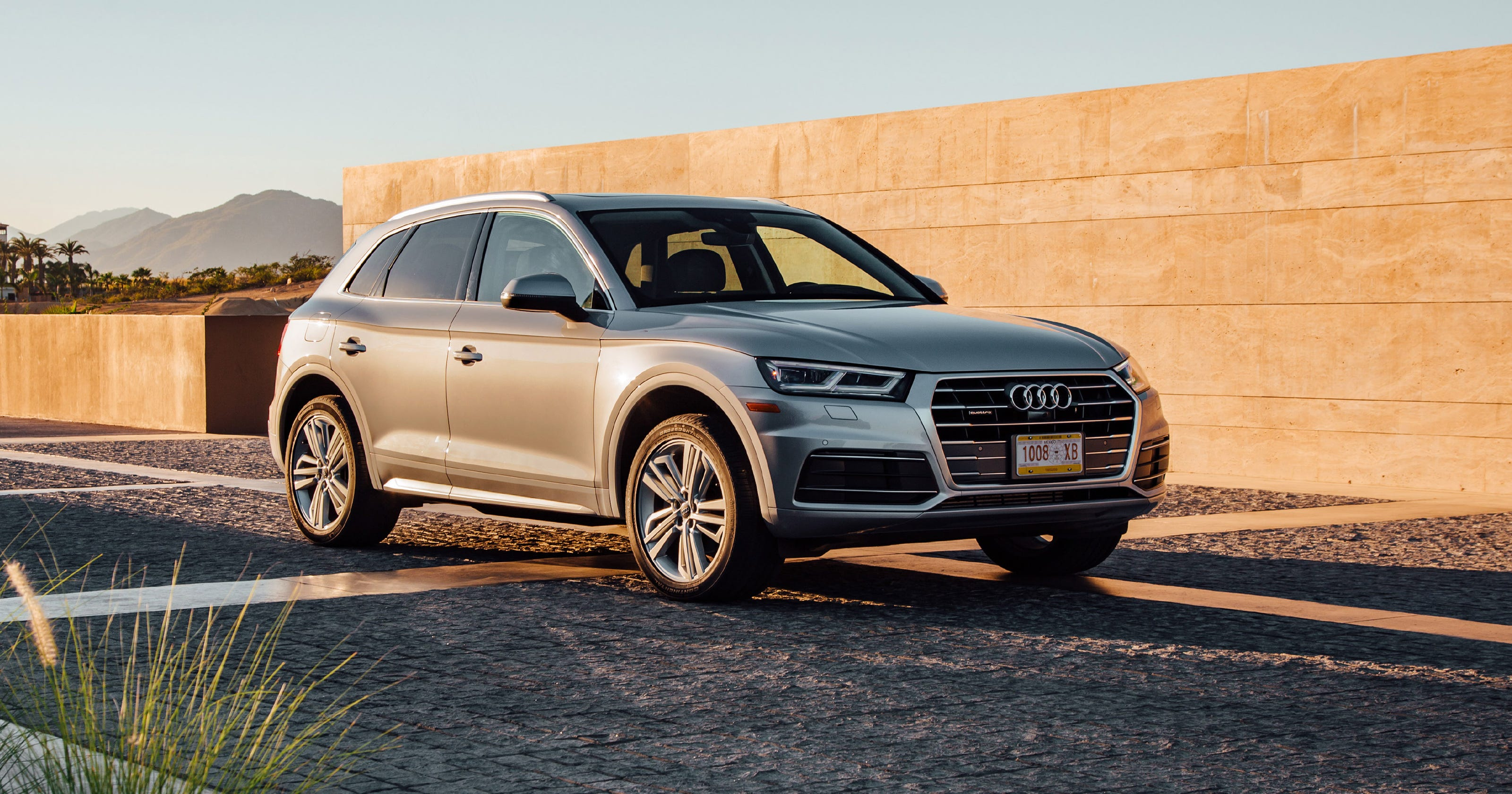 Review: 2018 Audi Q5 SUV Fights A Battle Of Inches