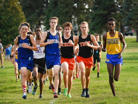 Runners jockey for position early in the St. Cloud