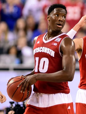 Wisconsin basketball forward Nigel Hays (10) is a plaintiff in a lawsuit seeking to benefit college football and basketball players from power conferences.