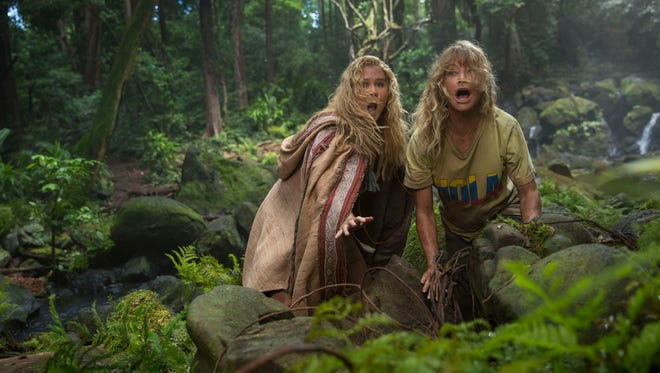 """In """"Snatched,"""" mother  (Goldie Hawn, right) and daughter (Amy Schumer) are stranded on vacation."""