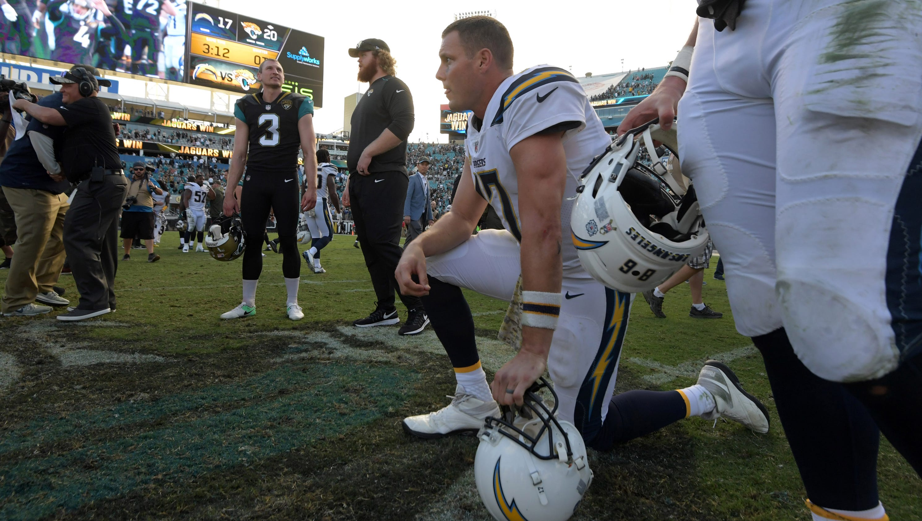 636465431647279910-usp-nfl--los-angeles-chargers-at-jacksonville-jagu