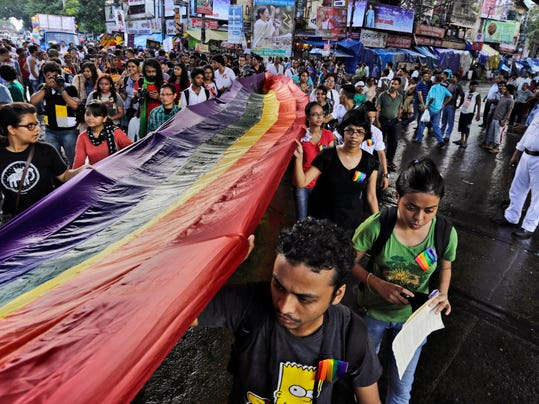APTOPIX India Rainbow_Atki.jpg