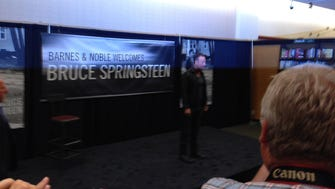 Bruce Springsteen at the Freehold Barnes & Noble