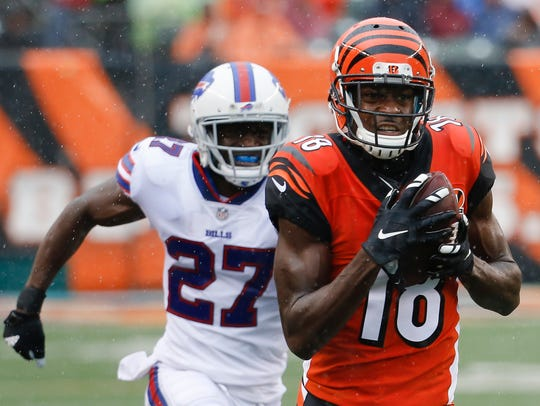 Cincinnati Bengals wide receiver A.J. Green (18) runs