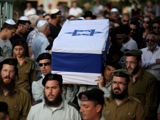 A01_2_ISRAEL_funeral_24s