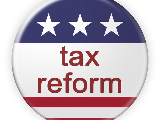 USA Politics News Badge: Tax Reform Button With US Flag, 3d illustration