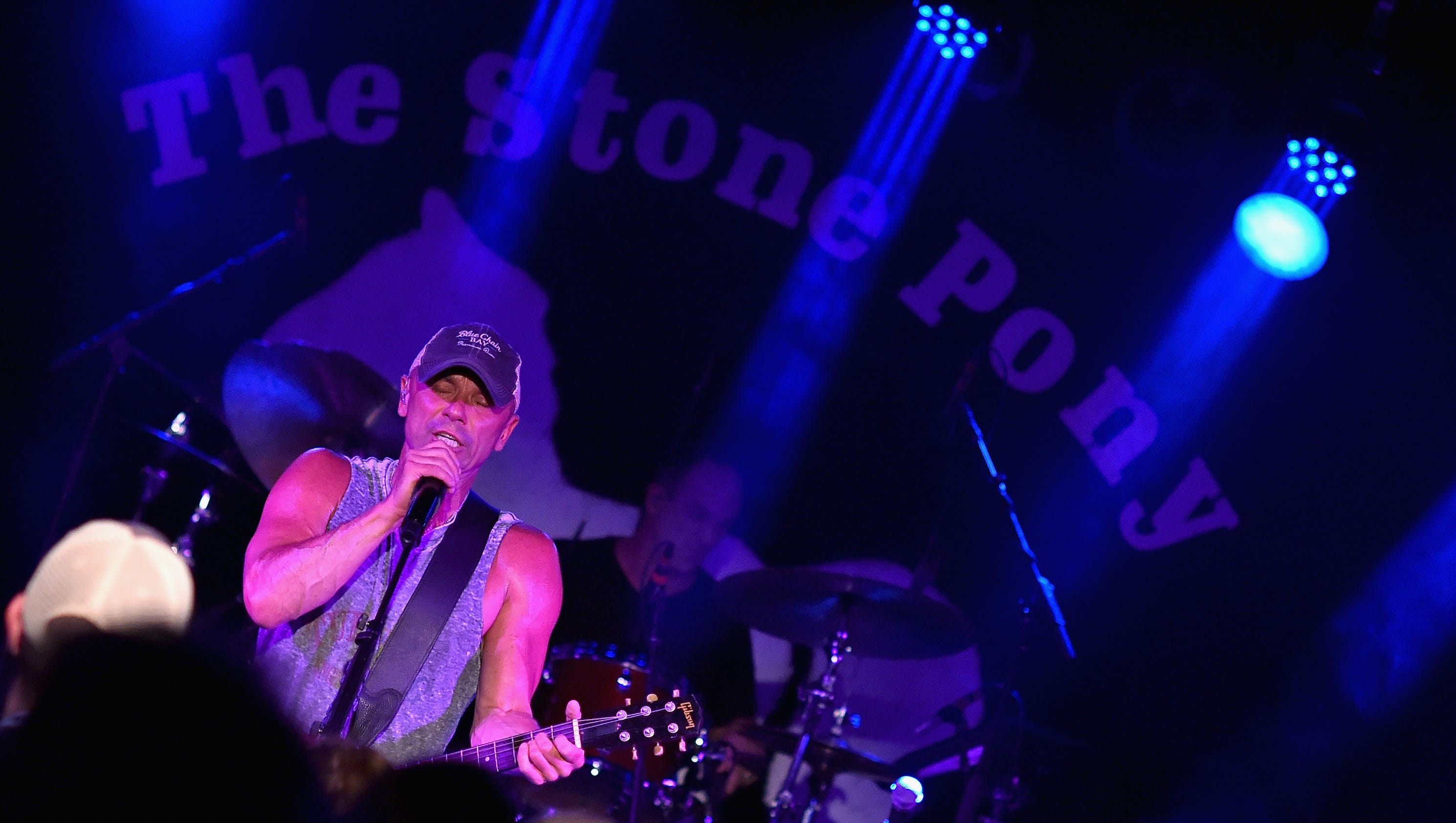 Kenny chesney at the pony greetings from asbury park m4hsunfo Gallery