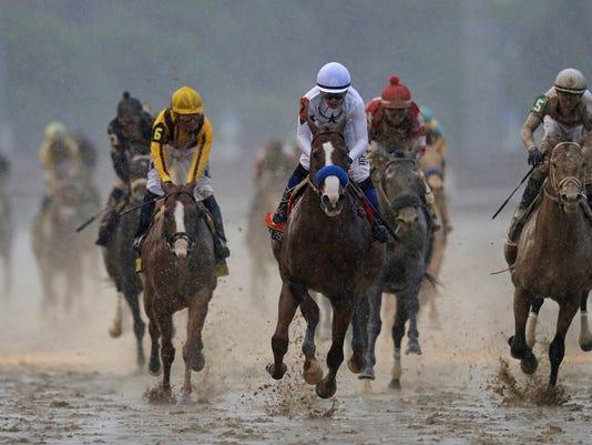 APTOPIX_Kentucky_Derby_Horse_Racing_19636.jpg