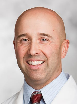 Dr. Martin Benoit