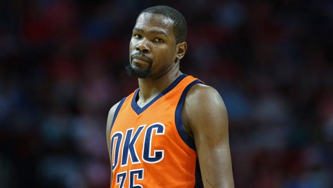 Kevin Durant reacts after a call during the first quarter against the Houston Rockets at Toyota Center.