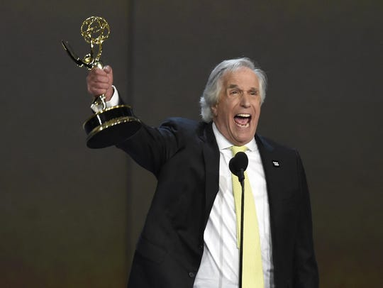 Henry Winkler accepts the award for outstanding supporting