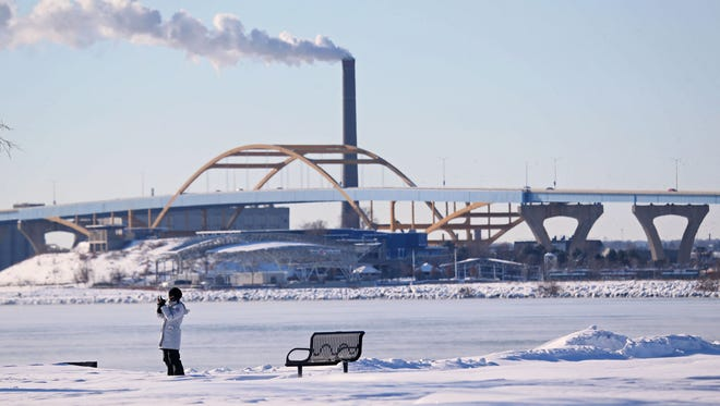 A storm brought single-digit temperatures and snow to Milwaukee's lakefront at Veteran's Park.