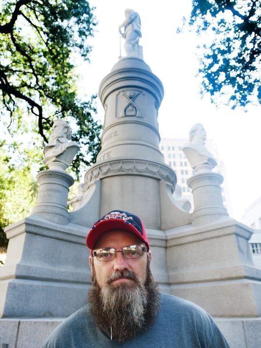 102517shreveport-confederate-monument.jpg