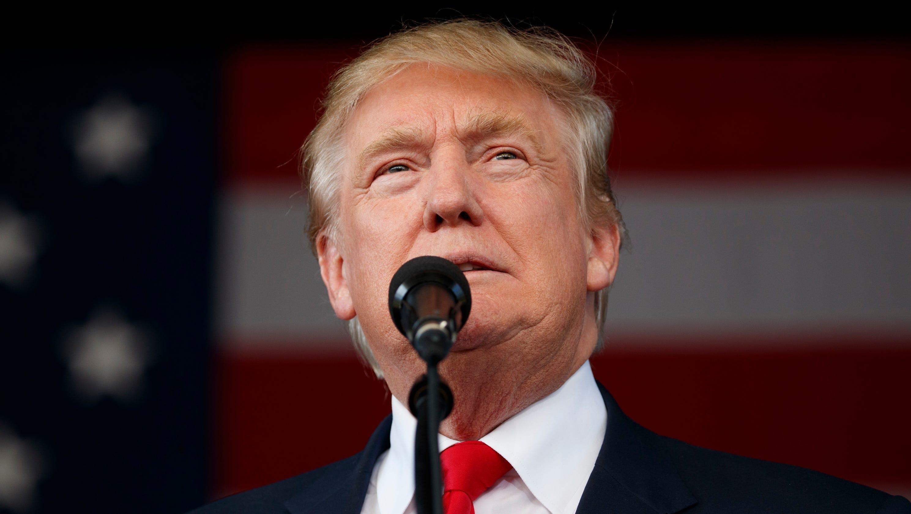 Trump: Windmills make Palm Springs look like a 'junkyard'