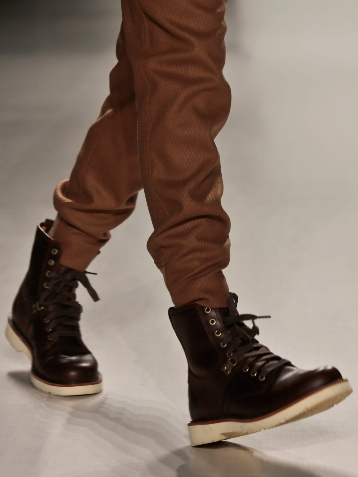 Fashion-Fall Trends_Youn.jpg3.jpg