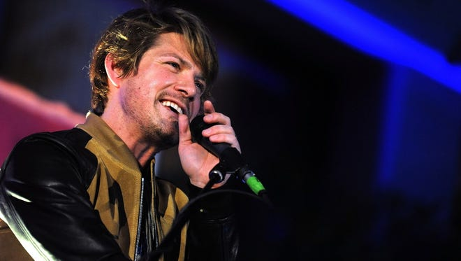 Hanson performs at the Riverside Theater Wednesday.