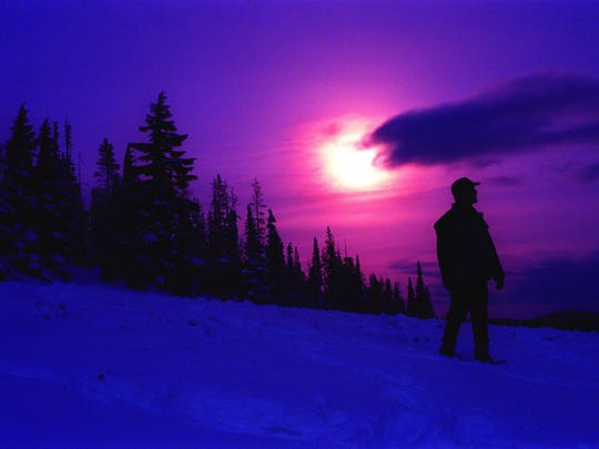 Moonlight and Starlight Snowshoe Tours, Dec. 26 and 27