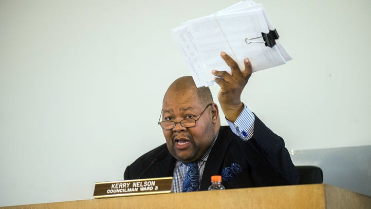 Flint mayor, state clash over water tax liens