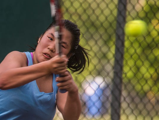 South Burlington's third seed Kailey Yang dominated