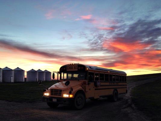 1 MAIN FAL 0907 Rural busing