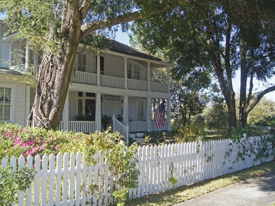The charming St. Charles Inn Bed & Breakfast in nearby
