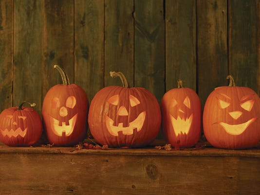 JackOLanterns2HC1410_X_th_C.jpg