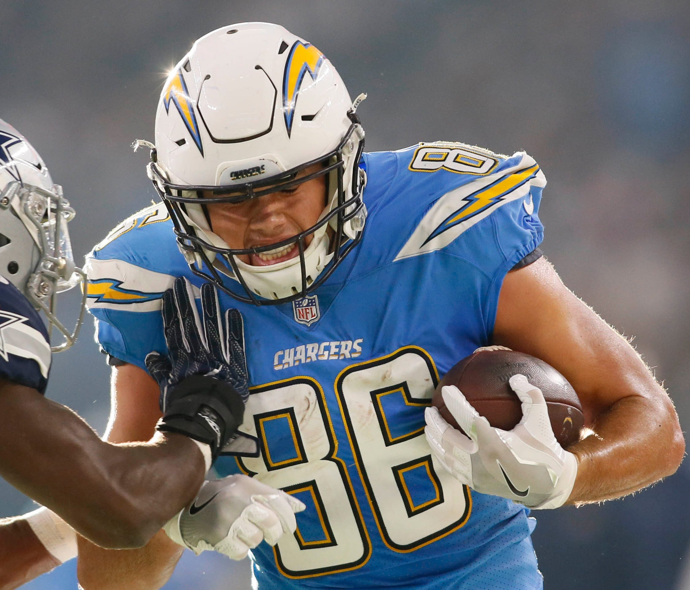 Chargers tight end Hunter Henry caught 45 passes for 579 yards and four touchdowns last season.
