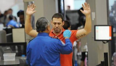 La revisión encontró que la mayoría de los agentes de la TSA están preocupados por su seguridad y desean más protección.