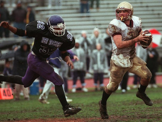 Iona Prep's James DeLucia (3) breaks away from New