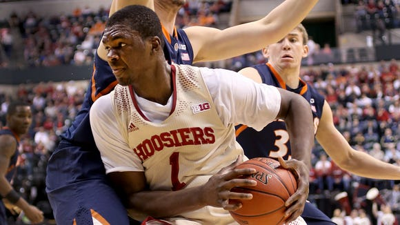 Noah Vonleh (1) returned to IU's starting lineup but struggled with double teams and defensive pressure Thursday. He scored six points.