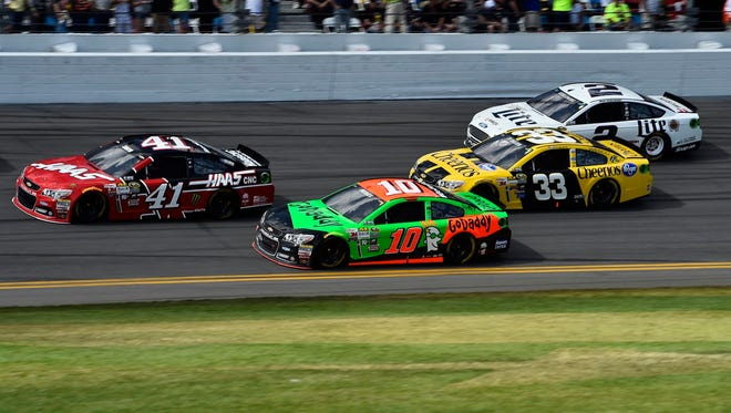 Danica Patrick (10) ended a tumultuous SpeedWeeks with a 21st-place finish in the Daytona 500.