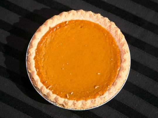 Pumpkin Pie from Bashas' Grocery Store.