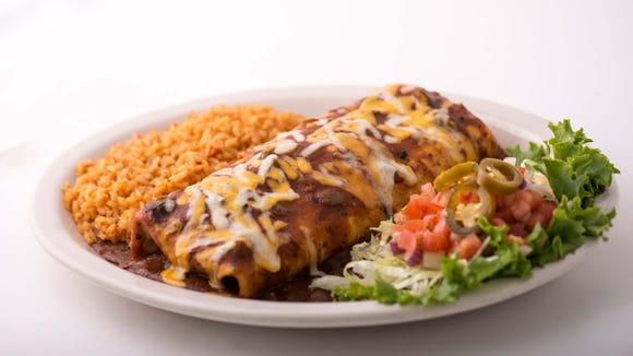 Chuy's big-as-yo'-face burrito