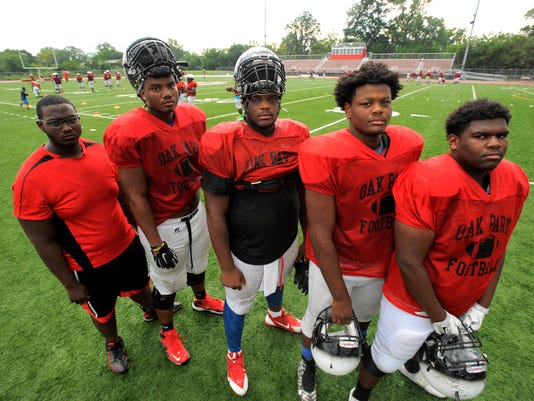 Oak Park Offensive Line Patrick Riley Left Jaraymond Hall Marquan Mccall Justin Rogers And Andrew Elly Are Seen Wednesday Aug