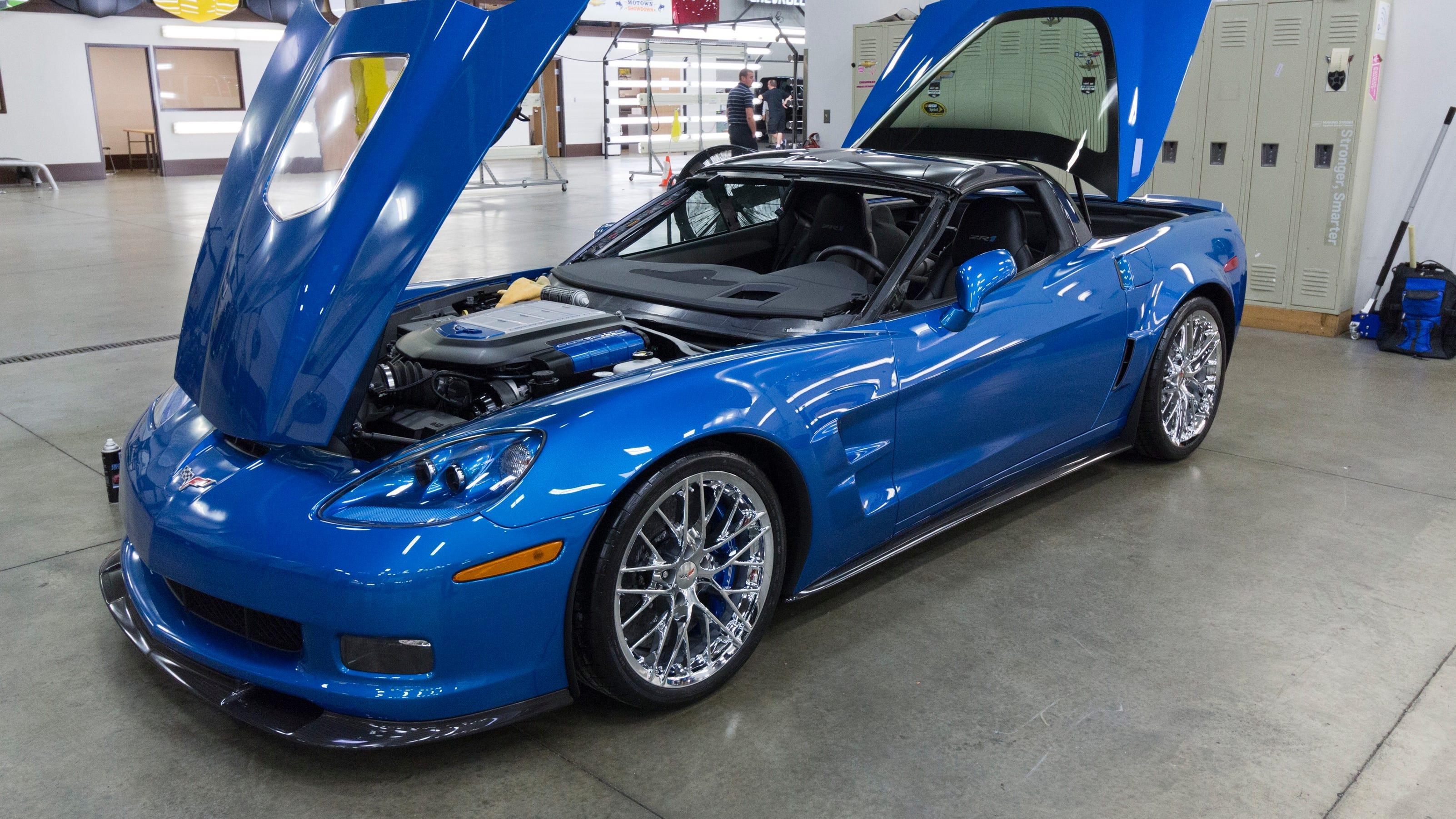 gm restores 39 blue devil 39 zr1 corvette. Black Bedroom Furniture Sets. Home Design Ideas