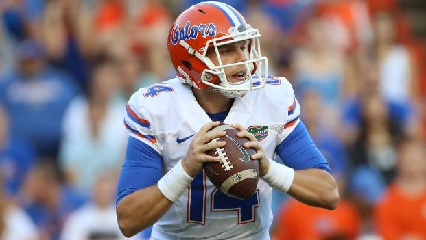Former Alabama quarterback Luke Del Rio is 5-1 as a starting quarterback at Florida, but has suffered knee and shoulder injuries this season.