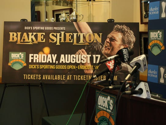 Blake Shelton will be the headliner for the Dick's