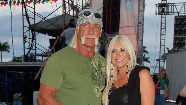 Hulk Hogan with Linda Hogan in 2007
