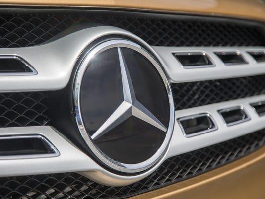 636668288218495988-Mercedes-Benz.jpg