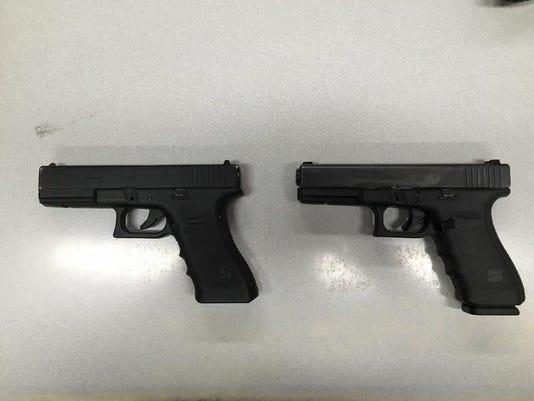 636072977492463323-Guns.JPG