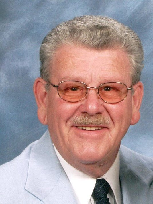 Robert D. Hulvey.jpg