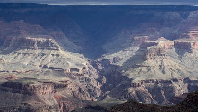 The Grand Canyon from near the El Tovar Hotel on South Rim.