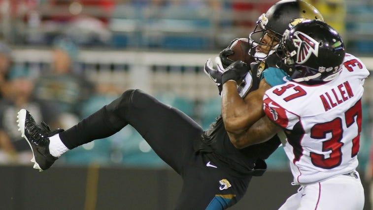 Jacksonville Jaguars wide receiver Mike Brown (12)