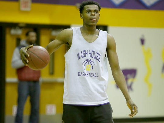 Milwaukee Washington High School prep basketball freshman standout Michael Foster Jr., a 6-9 forward who has already committed to Arizona State, practices at Washington High School, on N. Sherman Blvd, in Milwaukee on Thursday, December 21, 2017.  He later de-committed from the college.