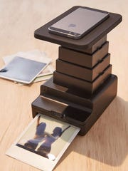Turn smartphone pictures into instant prints.