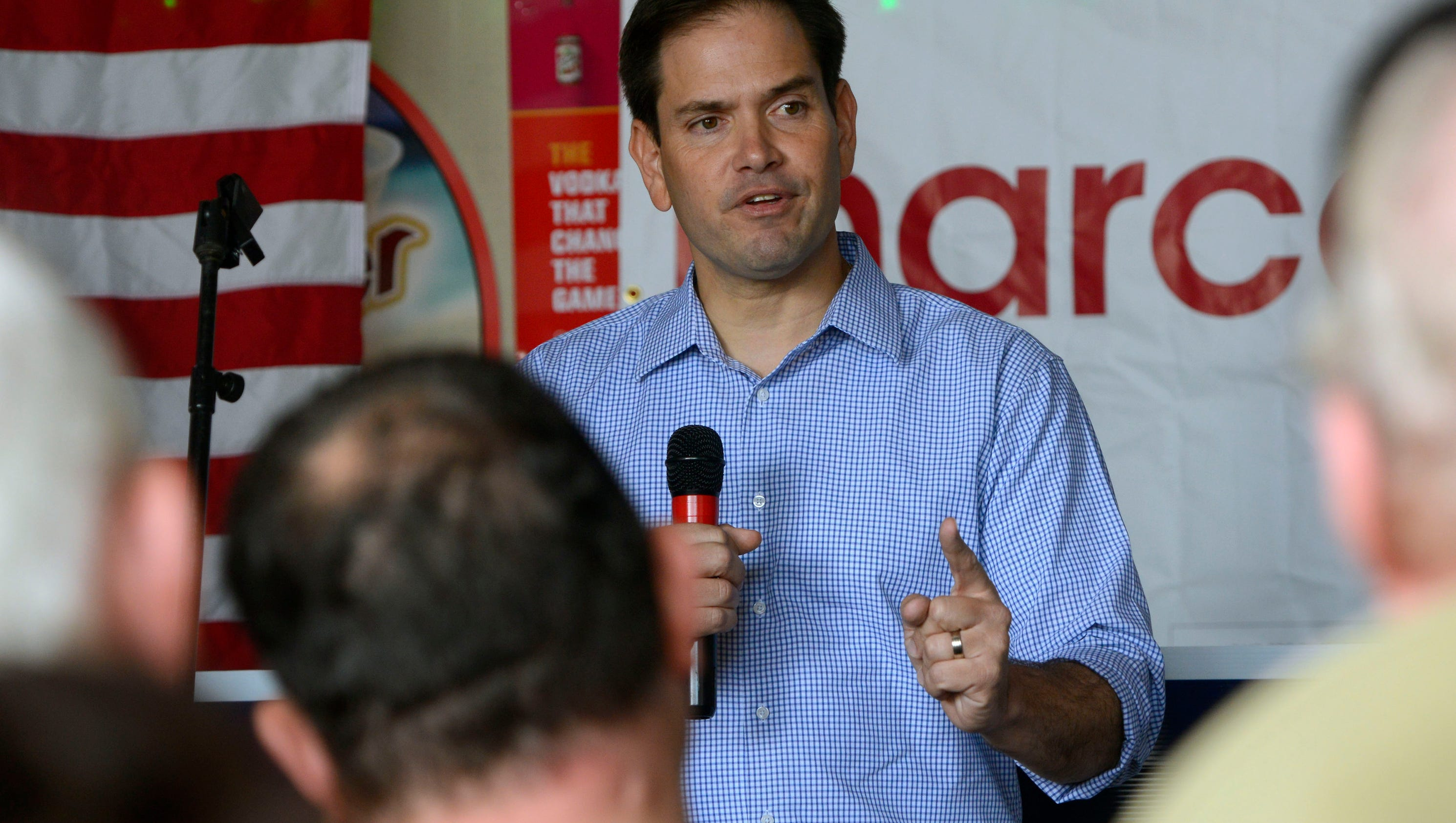 Rubio wins re-election over Murphy